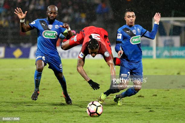 Presnel Kimpembe of Paris Saint Germain in action during a French Cup match between Niort and Paris Saint Germain at stade Rene Gaillard on March 1...
