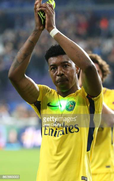 Presnel Kimpembe of PSG salutes the fans and celebrates the victory following the UEFA Champions League match between RSC Anderlecht and Paris Saint...