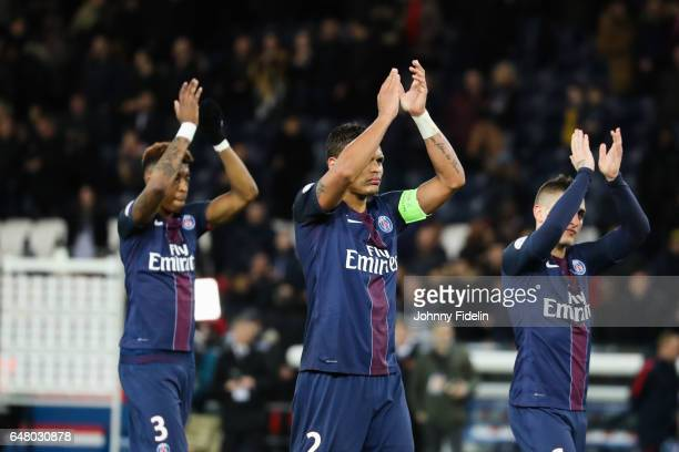 Presnel Kimpembe Thiago Silva and Marco Verratti of PSG thanks the fans after the French Ligue 1 match between Paris Saint Germain and Nancy at Parc...