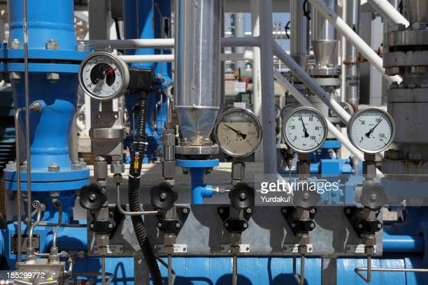 pressure valves and gauges