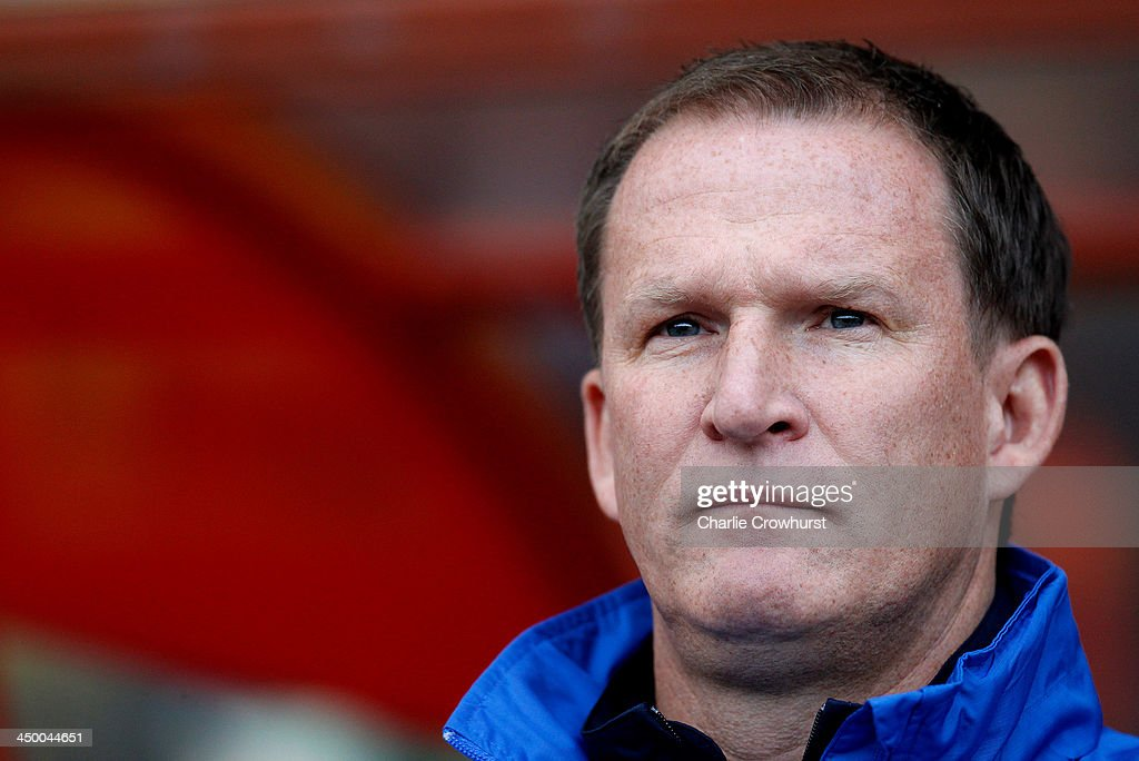 Preston manager <a gi-track='captionPersonalityLinkClicked' href=/galleries/search?phrase=Simon+Grayson&family=editorial&specificpeople=2595100 ng-click='$event.stopPropagation()'>Simon Grayson</a> looks on during the Sky Bet League One match between Leyton Orient and Preston North End at The Matchroom Stadium on November 16, 2013 in London, England.