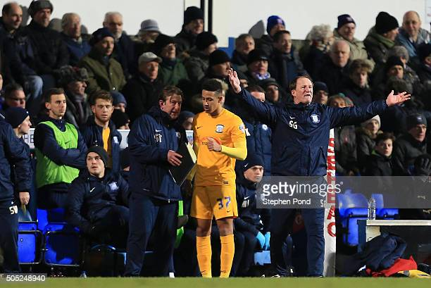 Preston North End Manager Simon Grayson during the Sky Bet Championship match between Ipswich Town and Preston North End at Portman Road on January...