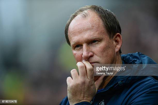 Preston North End Manager Simon Grayson looks on during the Sky Bet Championship Match between Preston North End and Newcastle United at Deepdale on...