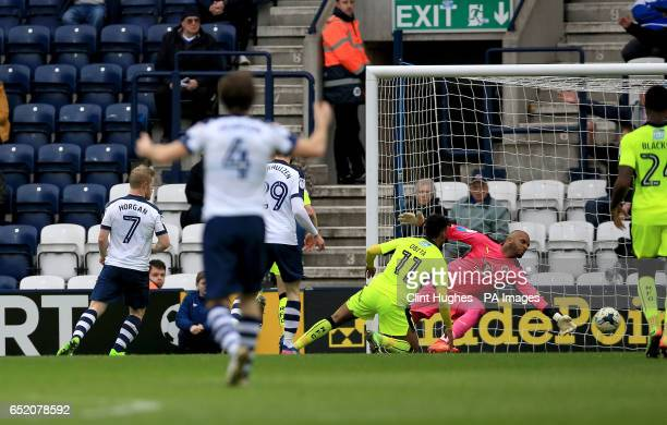 Preston North End's Daryl Horgan scores his sides second goal during the Sky Bet Championship match at Deepdale Preston