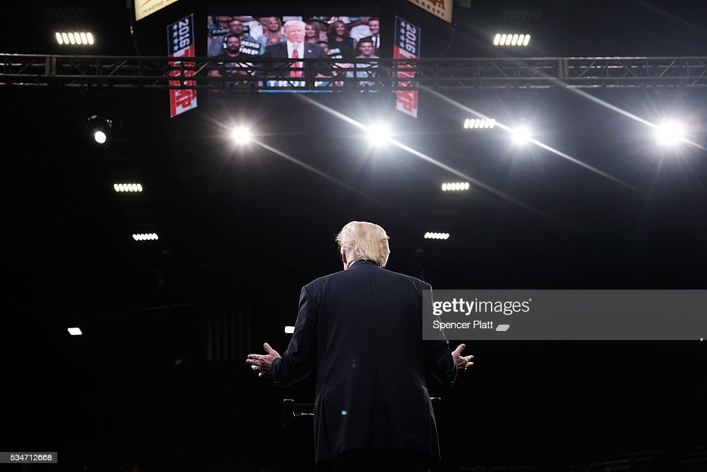 Presumptive Republican presidential candidate <a gi-track='captionPersonalityLinkClicked' href=/galleries/search?phrase=Donald+Trump+-+Born+1946&family=editorial&specificpeople=118600 ng-click='$event.stopPropagation()'>Donald Trump</a> speaks at a rally in Fresno on May 27, 2016 in Fresno, California. Trump is on a Western campaign trip which saw stops in North Dakota and Montana yesterday and two more in California today.