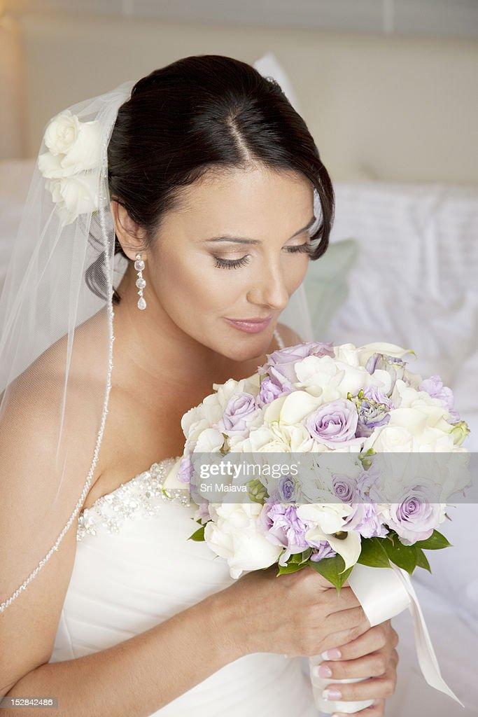 Pretty bride with bouquet : Stock Photo