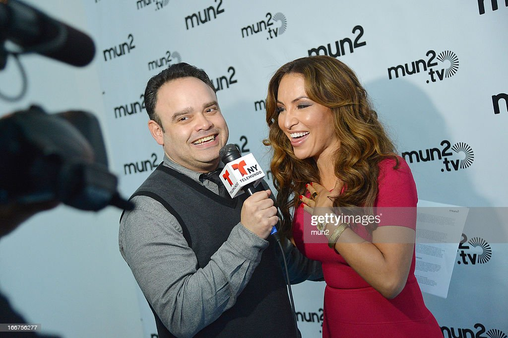 MUN2 - EVENTS -- Pre-Upfront Press Conference -- Pictured: Alfredo Galvan and Silvia del Valle of 'Al Tiro con la Bronca.' --