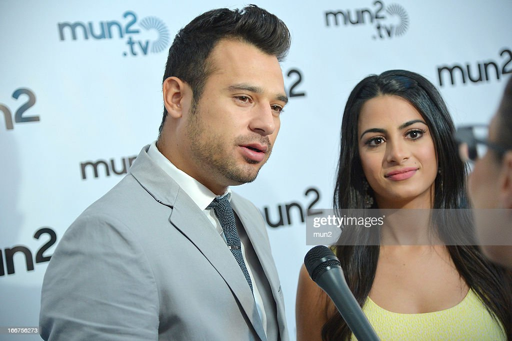 MUN2 - EVENTS -- Pre-Upfront Press Conference -- Pictured: Guad Venegas and Emeraude Toubia of '?mun2POP!' --