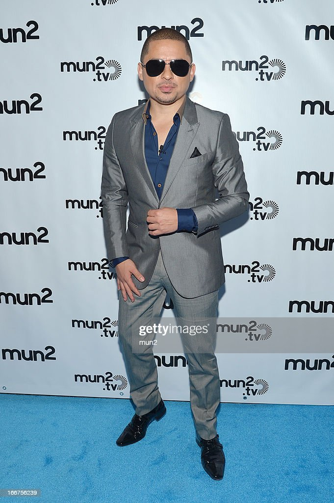 MUN2 - EVENTS -- Pre-Upfront Press Conference -- Pictured: Larry Hernandez of 'Larrymania.' --
