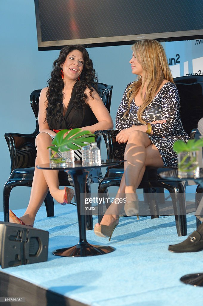 MUN2 - EVENTS -- Pre-Upfront Press Conference -- Pictured: Marisol Terrazas (L) and Vicky Terrazas of 'Horoscopos de Durango.' --