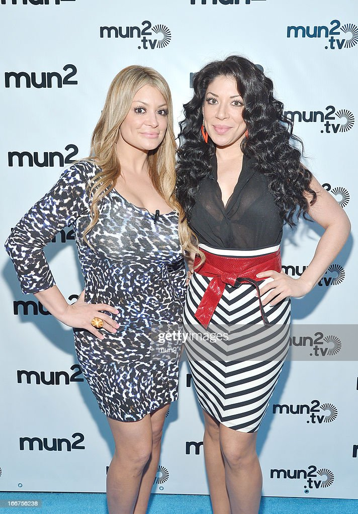 MUN2 - EVENTS -- Pre-Upfront Press Conference -- Pictured: Vicky Terrazas (L) and Marisol Terrazas of 'Horoscopos de Durango.' --