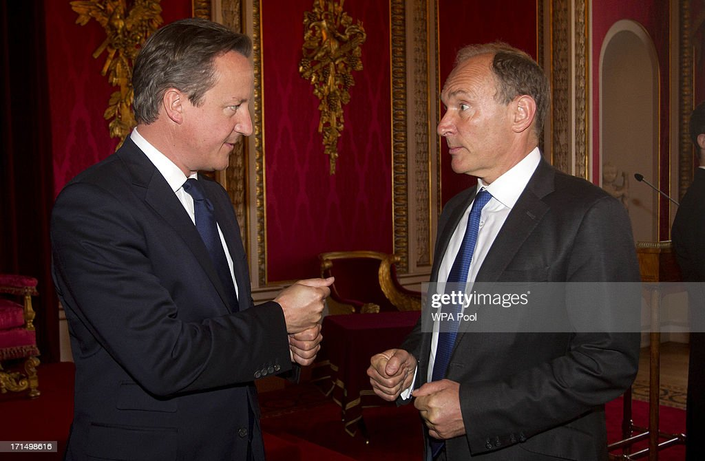 Prime Minister <a gi-track='captionPersonalityLinkClicked' href=/galleries/search?phrase=David+Cameron+-+Politician&family=editorial&specificpeople=227076 ng-click='$event.stopPropagation()'>David Cameron</a> speaks with inventor <a gi-track='captionPersonalityLinkClicked' href=/galleries/search?phrase=Tim+Berners-Lee&family=editorial&specificpeople=2609258 ng-click='$event.stopPropagation()'>Tim Berners-Lee</a> at a reception to mark the inaugural Queen Elizabeth Prize for Engineering at Buckingham Palace on June 25, 2013 in London, England.