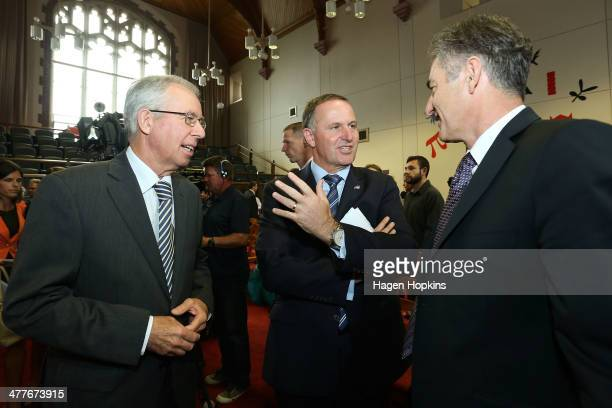 Prime Minister John Key speaks to Victoria University Chancellor Ian McKinnon and ViceChancellor Grant Guilford during a visit to Victoria University...