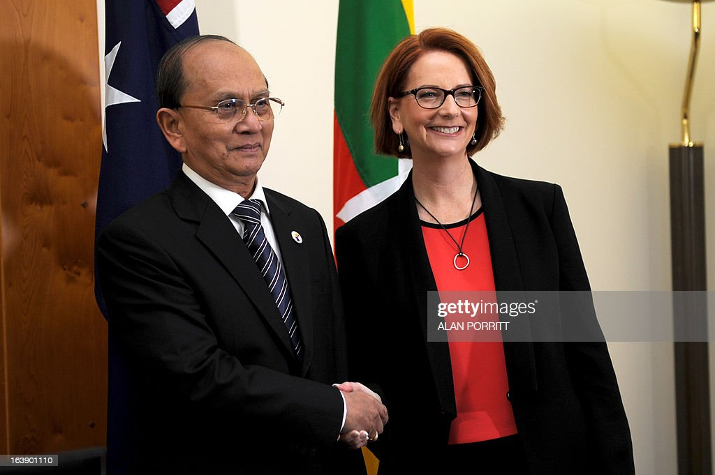 Prime Minister Julia Gillard (R) meets with the President of Myanmar Thein Sein at Parliament House in Canberra March 18, 2013. President Thein Sein is visiting Australia from 17 to 20 March and is the first by a head of state of Myanmar since 1974. AFP PHOTO / Alan Porritt / POOL