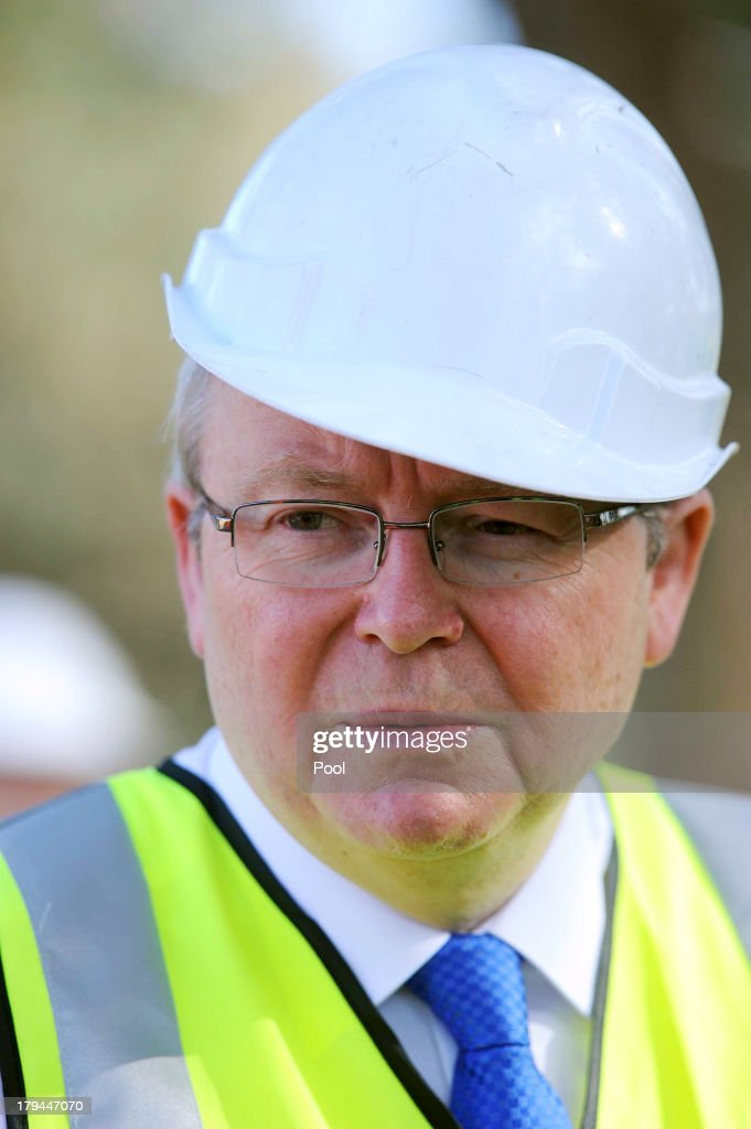 Prime Minister Kevin Rudd visits the construction site of the Ringwood Aquatic Centre on September 4 2013 in Melbourne Australia With just three days...