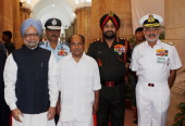 'NEW DELHI INDIA OCTOBER 19 Prime Minister Manmohan Singh and Indian Defence Minister AK Antony pose with Chief of Naval Staff Admiral DK Joshi Chief...