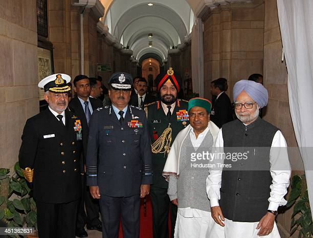 Prime Minister Manmohan Singh Defence Minister AK Antony Army Chief Bikram Singh with Air Force Chief Marshal NAK Browne Navy Chief DK Joshi during...