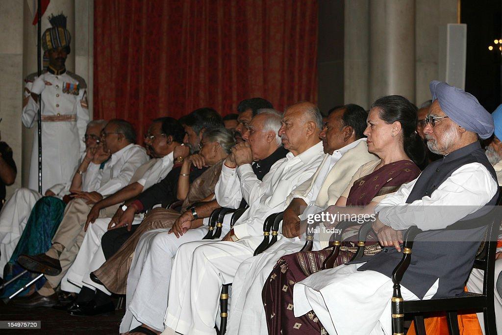Prime Minister Manmohan Singh, Sonia Gandhi, Sushil Kumar Shinde, Kapil Sibal and Delhi CM Sheila Dikshit during the swearing-in ceremony at Rashtrapati Bhavan in New Delhi on Sunday.