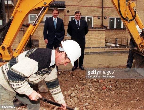 Prime Minister Tony Blair and Deputy Prime Minister John Prescott on the Holly Street Estate in Hackney East London today prior to the launch of the...
