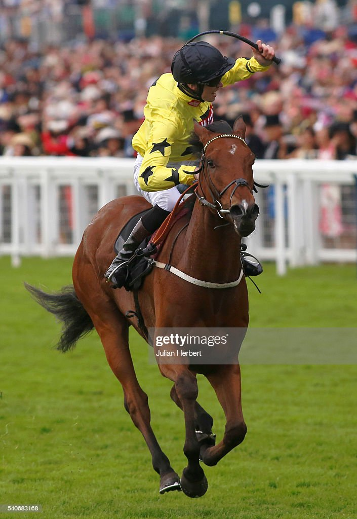 Primitivo ridden by William Twiston-Davies wins The King George V Stakes Race run during Day Three of Royal Ascot at Ascot Racecourse on June 16, 2016 in Ascot, England.