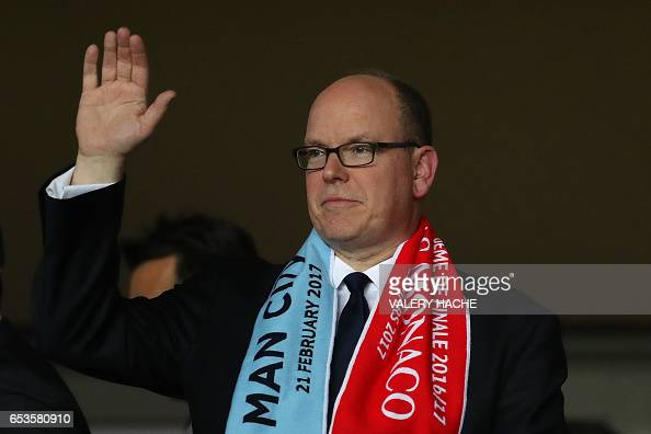prince-albert-ii-of-monaco-attends-the-uefa-champions-league-round-of-picture-id653580910