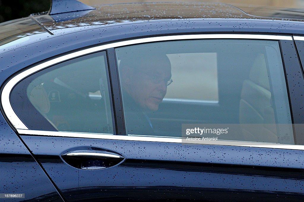 Prince Albert II of Monaco leaves the Elysee Palace on December 7, 2012 in Paris, France.