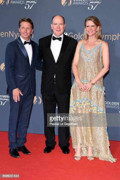 Prince Albert II of Monaco poses with Bradley Bell and Collenn Bell as they attend the Closing ceremony of the 57th Monte Carlo TV Festival on June...