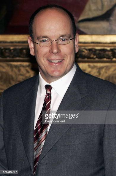 Prince Albert II of Monaco shakes hands with British Foreign Secretary Jack Straw at the Foreign and Commonwealth office on March 9 2006 in London