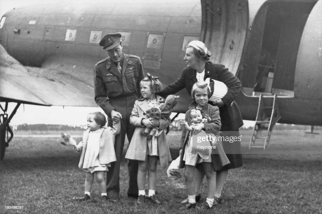 Prince Bernhard and Princess Juliana with their children Princess Margriet Princess Beatrix and Princess Irene arriving in Holland from Canada where...