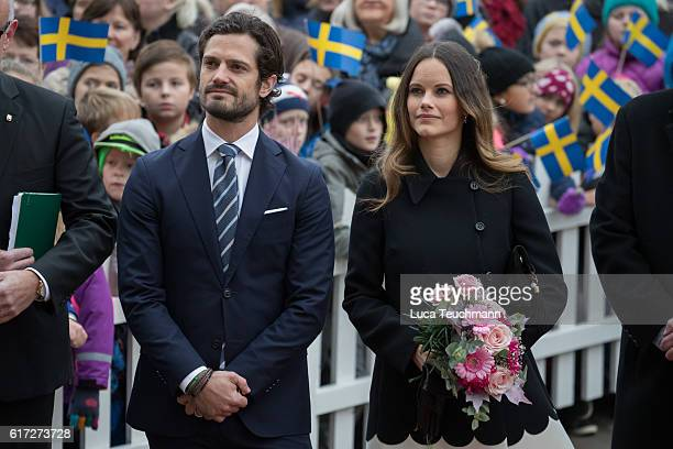 Prince Carl Philip and Princess Sofia arrive at the city Hall during Visit Varmlandon October 21 2016 in Varmland Sweden
