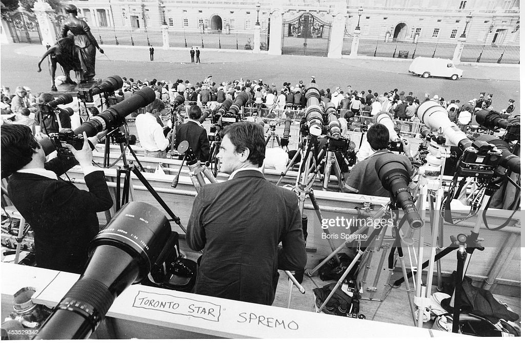 Prince Charles and Lady Diana wedding. Photographer's area. July 1981.