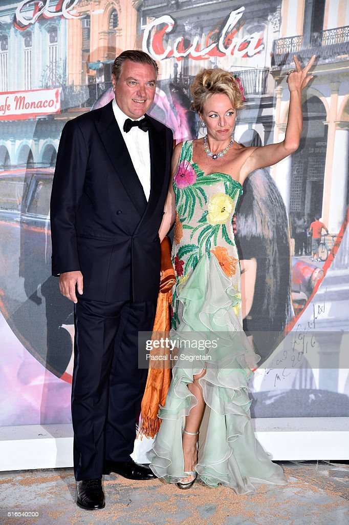 BAILE DE LA ROSA 2016 Prince-charles-of-bourbon-twosicilies-and-princess-camilla-of-bourbon-picture-id516540200