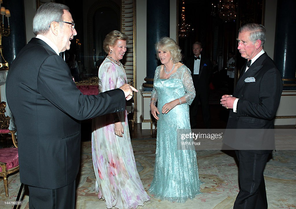 Prince Charles, Prince of Wales and Camilla, Duchess of Cornwall greet King Constantine of the Hellenes and Queen Anne-Marie as they arrive for a dinner for foreign Sovereigns to commemorate the Diamond Jubilee at Buckingham Palace on May 18, 2012 in London, England. Prince Charles, Prince of Wales and Camilla, Duchess of Cornwall hosted the event.