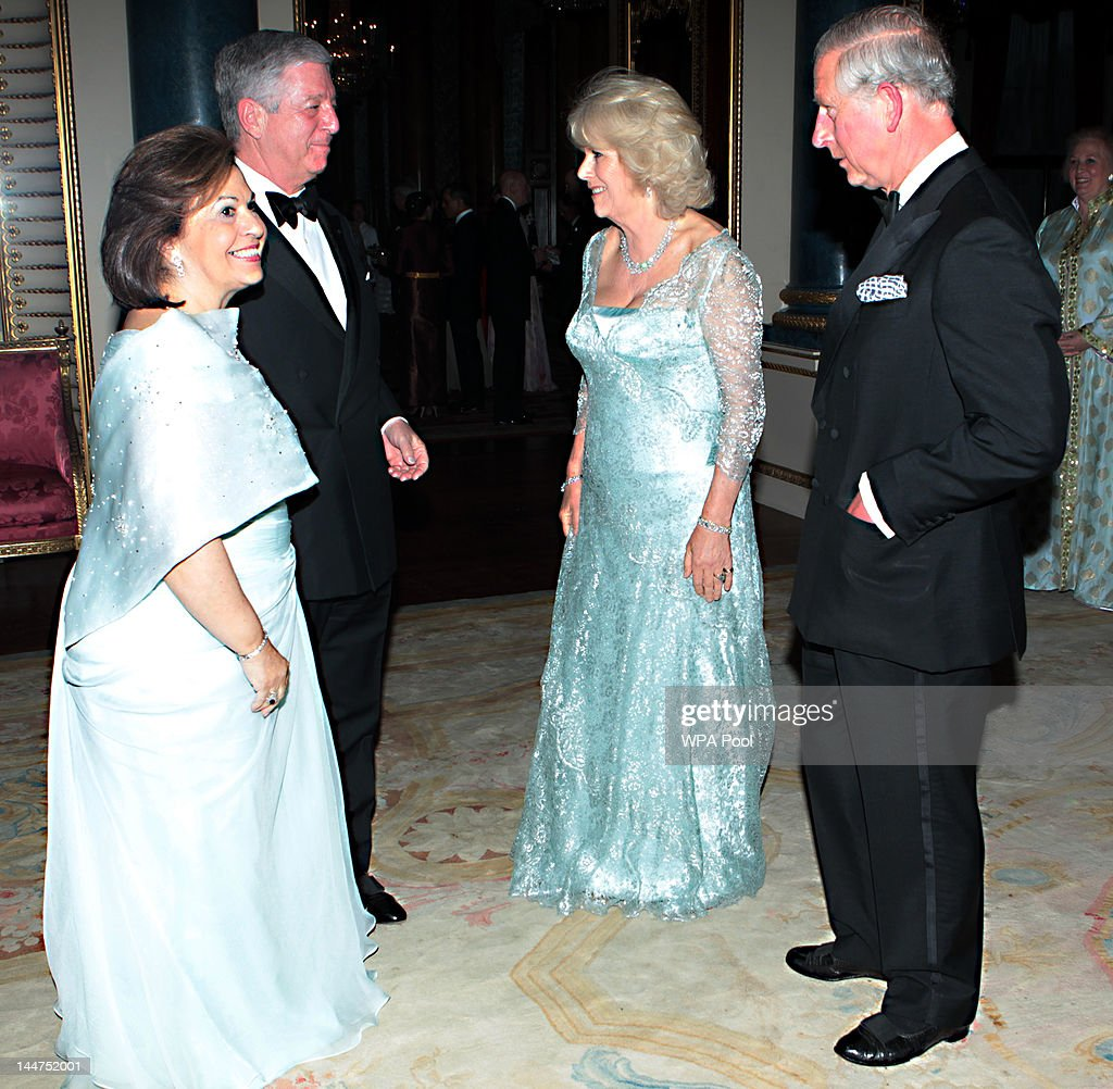 <a gi-track='captionPersonalityLinkClicked' href=/galleries/search?phrase=Prince+Charles+-+Prince+of+Wales&family=editorial&specificpeople=160180 ng-click='$event.stopPropagation()'>Prince Charles</a>, Prince of Wales and <a gi-track='captionPersonalityLinkClicked' href=/galleries/search?phrase=Camilla+-+Duchess+of+Cornwall&family=editorial&specificpeople=158157 ng-click='$event.stopPropagation()'>Camilla</a>, Duchess of Cornwall greet Crown Prince Alexander II of Yugoslavia and Princess Katarina of Yugoslavia as they arrive for a dinner for foreign Sovereigns to commemorate the Diamond Jubilee at Buckingham Palace on May 18, 2012 in London, England. <a gi-track='captionPersonalityLinkClicked' href=/galleries/search?phrase=Prince+Charles+-+Prince+of+Wales&family=editorial&specificpeople=160180 ng-click='$event.stopPropagation()'>Prince Charles</a>, Prince of Wales and <a gi-track='captionPersonalityLinkClicked' href=/galleries/search?phrase=Camilla+-+Duchess+of+Cornwall&family=editorial&specificpeople=158157 ng-click='$event.stopPropagation()'>Camilla</a>, Duchess of Cornwall hosted the event.