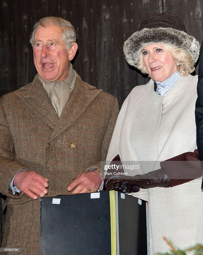 <a gi-track='captionPersonalityLinkClicked' href=/galleries/search?phrase=Prince+Charles+-+Prince+of+Wales&family=editorial&specificpeople=160180 ng-click='$event.stopPropagation()'>Prince Charles</a>, Prince of Wales and <a gi-track='captionPersonalityLinkClicked' href=/galleries/search?phrase=Camilla+-+Duchess+of+Cornwall&family=editorial&specificpeople=158157 ng-click='$event.stopPropagation()'>Camilla</a>, Duchess of Cornwall switch on the Christmas lights on December 7, 2012 in Tetbury, England.