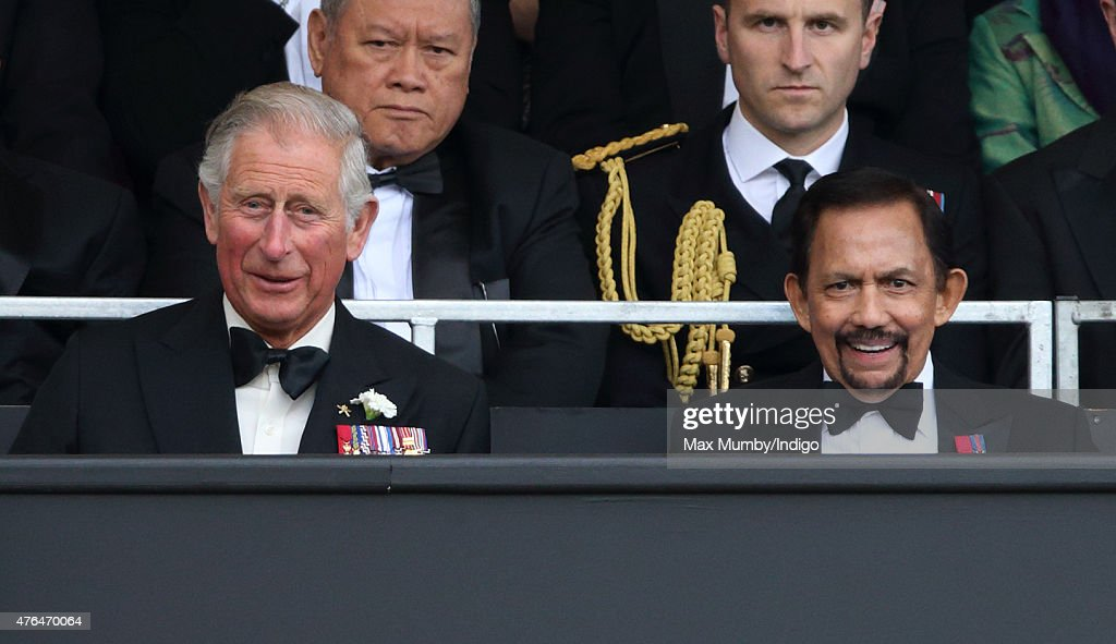 Prince Charles, Prince of Wales and The Sultan of Brunei, <a gi-track='captionPersonalityLinkClicked' href=/galleries/search?phrase=Hassanal+Bolkiah&family=editorial&specificpeople=138553 ng-click='$event.stopPropagation()'>Hassanal Bolkiah</a> attend the Gurkha 200 Pageant at the Royal Hospital Chelsea on June 9, 2015 in London, England.