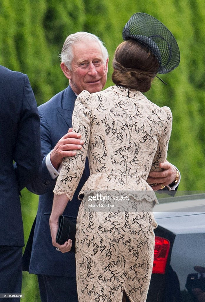 <a gi-track='captionPersonalityLinkClicked' href=/galleries/search?phrase=Prince+Charles+-+Prince+of+Wales&family=editorial&specificpeople=160180 ng-click='$event.stopPropagation()'>Prince Charles</a>, Prince of Wales greets Catherine, Duchess of Cambridge at a Commemoration of the Centenary of the Battle of the Somme at The Commonwealth War Graves Commission Thiepval Memorial on July 01, 2016 in Thiepval, France.