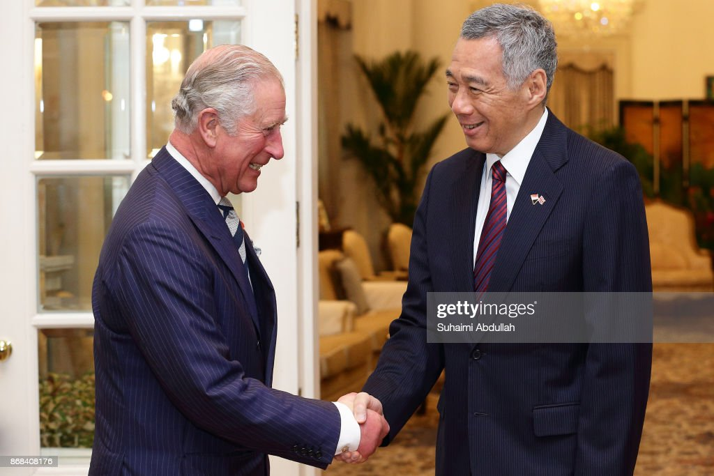 Prince Charles, Prince of Wales (L) meets with Singapore Prime Minister, Lee Hsien Loong at the Istana on October 31, 2017 in Singapore.. Their Royal Highnesses, the Prince of Wales and the Duchess of Cornwall will be in Singapore for an official visit from October 30 to November 2.