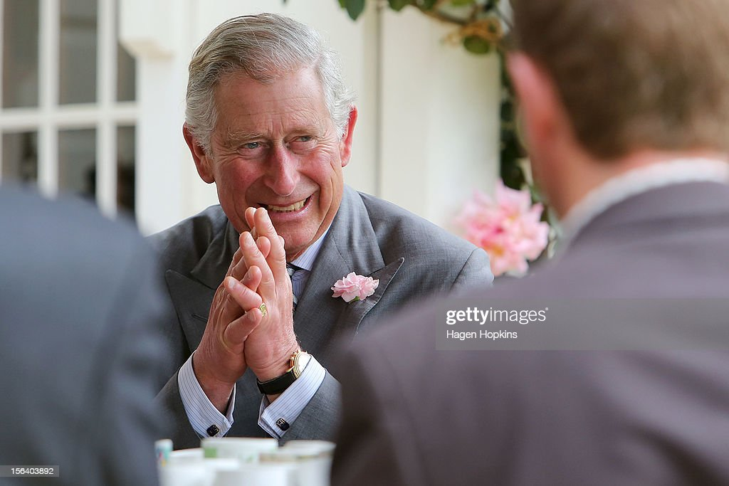 <a gi-track='captionPersonalityLinkClicked' href=/galleries/search?phrase=Prince+Charles&family=editorial&specificpeople=160180 ng-click='$event.stopPropagation()'>Prince Charles</a>, Prince of Wales speaks with farmers at Waipiko Farm on November 15, 2012 in Feilding, New Zealand. The Royal couple are in New Zealand on the last leg of a Diamond Jubilee that takes in Papua New Guinea, Australia and New Zealand.