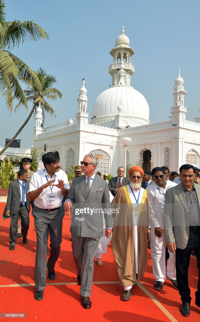 <a gi-track='captionPersonalityLinkClicked' href=/galleries/search?phrase=Prince+Charles&family=editorial&specificpeople=160180 ng-click='$event.stopPropagation()'>Prince Charles</a>, Prince of Wales visits the Haji Ali Mosque on Day 6 of an official visit to India on November 11, 2013 in Mumbai, India. This will be the Royal couple's third official visit to India together and their most extensive yet, which will see them spending nine days in India and afterwards visiting Sri Lanka in order to attend the 2013 Commonwealth Heads of Government Meeting.