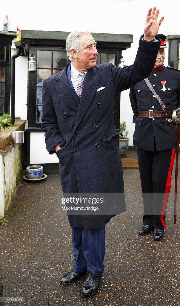 <a gi-track='captionPersonalityLinkClicked' href=/galleries/search?phrase=Prince+Charles&family=editorial&specificpeople=160180 ng-click='$event.stopPropagation()'>Prince Charles</a>, Prince of Wales waves goodbye as he leaves The Bell pub after a visit on a day of engagements in Essex on January 29, 2014 in Purleigh, England.