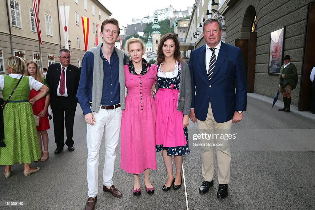 Prince Constantin zu SaynWittgenstein and his mother Sunnyi Melles her daughter Leonille zu SaynWittgenstein and father Prince Peter zu...
