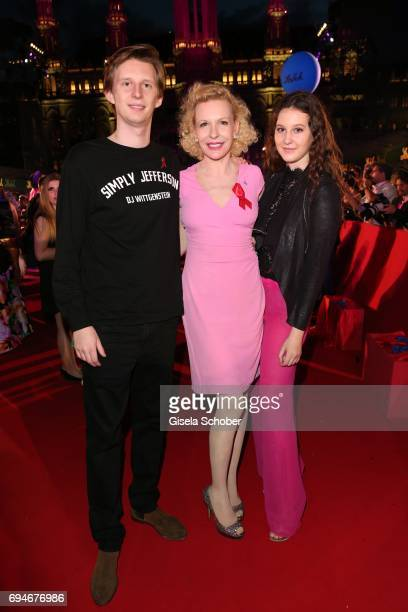 Prince Constantin zu SaynWittgenstein and his mother Sunnyi Melles her daughter Leonille zu SaynWittgensteinduring the Life Ball 2017 at City Hall on...