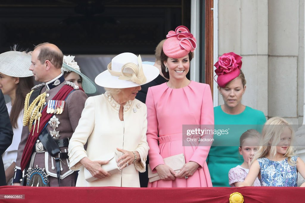 Prince Edward, Earl of Wessex, Camilla, Duchess of Cornwall, Catherine, Duchess of Cambridge, Autumn Phillips and Savannah Phillips look out from the balcony of Buckingham Palace during the Trooping the Colour parade on June 17, 2017 in London, England.