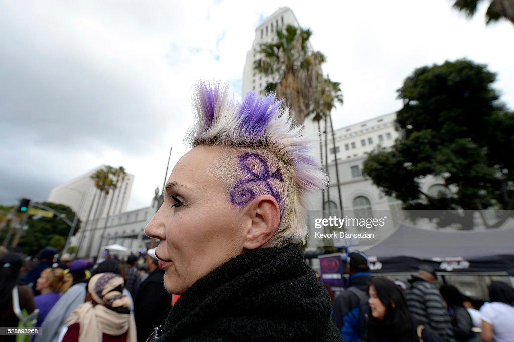 A Prince fan is seen at the City of Los Angeles Memorial Tribute for Prince Rogers Nelson at Los Angeles City Hall on May 6, 2016 in Los Angeles, California.