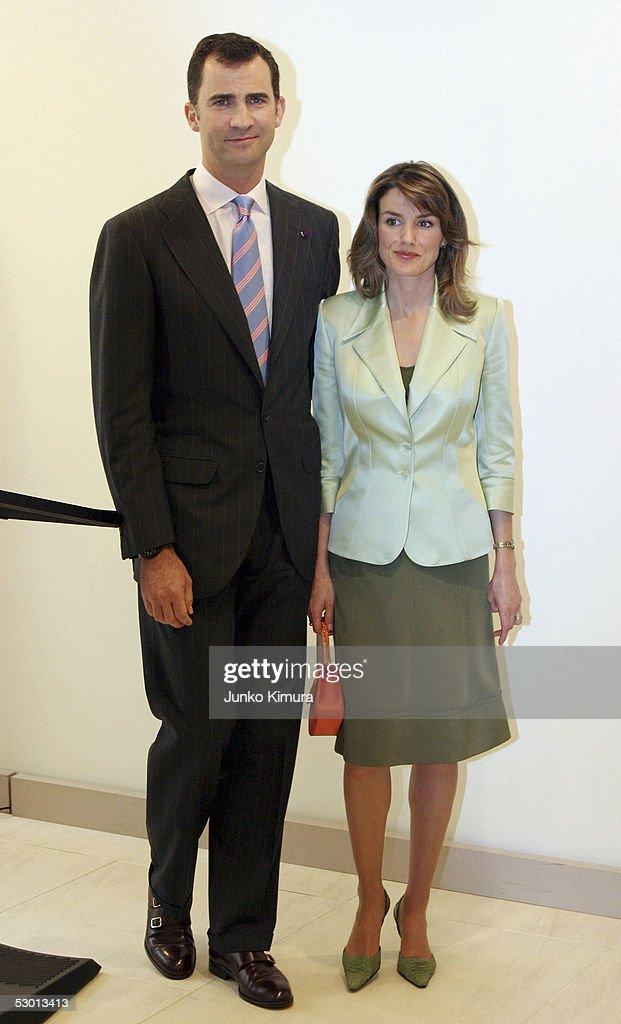¿Cuánto mide la Reina Letizia Ortiz? - Altura - Real height Prince-felipe-and-his-wife-princess-letizia-of-spain-attend-a-at-picture-id53013413