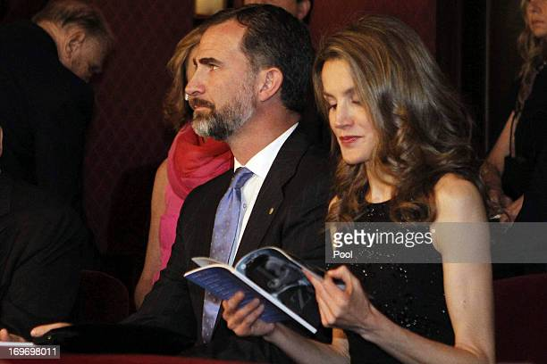 Prince Felipe and Princess Letizia of Spain attend the opera 'L'Elisir d'Amore' by Gaetano Donizetti at Gran Teatro del Liceo on May 30 2013 in...