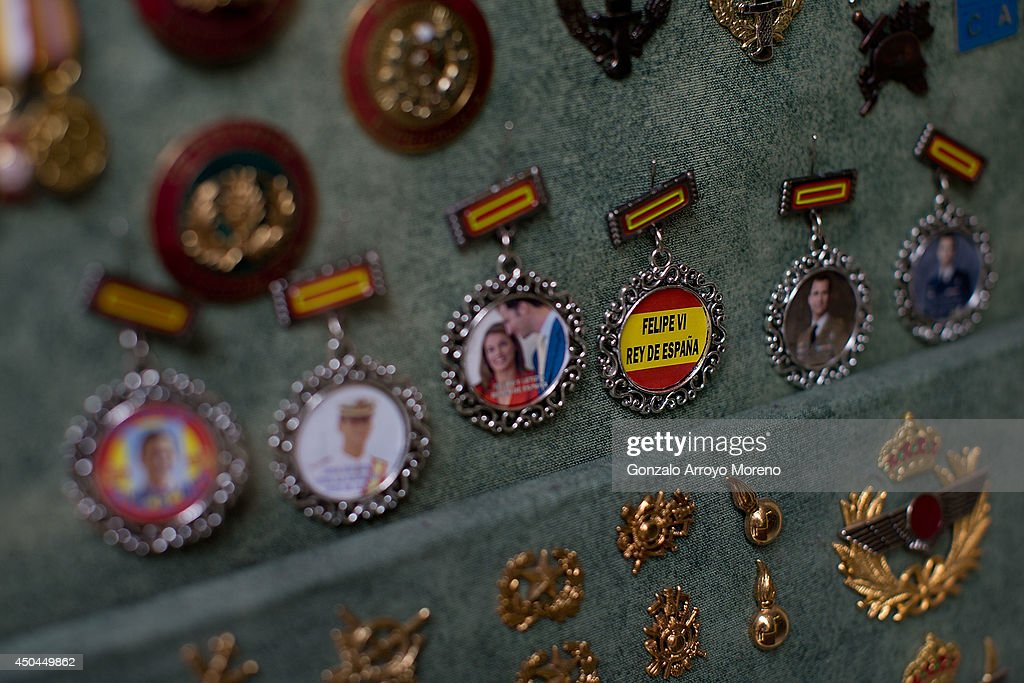 Prince Felipe key-chains as future king of Spain are displayed as souvenirs at the 118 hundred year old Celada medal shop window on June 11, 2014 in Madrid, Spain. Prince Felipe of Spain will be crowned <a gi-track='captionPersonalityLinkClicked' href=/galleries/search?phrase=Felipe+VI+of+Spain&family=editorial&specificpeople=4881076 ng-click='$event.stopPropagation()'>Felipe VI of Spain</a> on the 19th of June after his father King Juan Carlos of Spain abdicated on June 2,