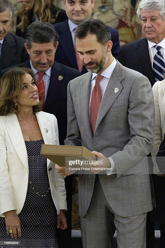 Prince Felipe of Spain and <a gi-track='captionPersonalityLinkClicked' href=/galleries/search?phrase=Ana+Botella&family=editorial&specificpeople=235432 ng-click='$event.stopPropagation()'>Ana Botella</a> attend audience to Spanish olympic delegation and receives Madrid bid files at Zarzuela Palace on January 17, 2013 in Madrid, Spain. Madrid is one of the three candidate cities to host the 2020 Olympics Games.