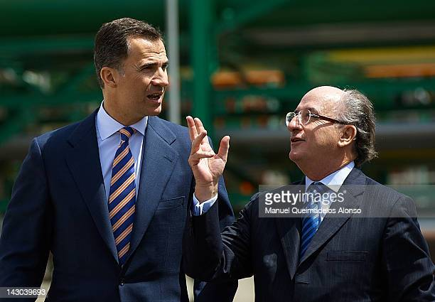 Prince Felipe of Spain and Antonio Brufau President of Repsol visit the Repsol Refinery Extension on April 18 2012 in Cartagena Spain Repsol's...